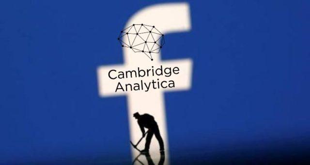 केंब्रिज अॅनालिटिका प्रकरण: फेसबुक माहिती चोरी प्रकरणी फेसबुक ला मोठे नुकसान, काय आहे प्रकरण? सविस्तर